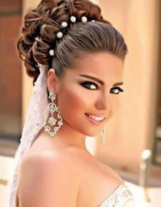 Прически на свадьбу невесте на длинные волосы