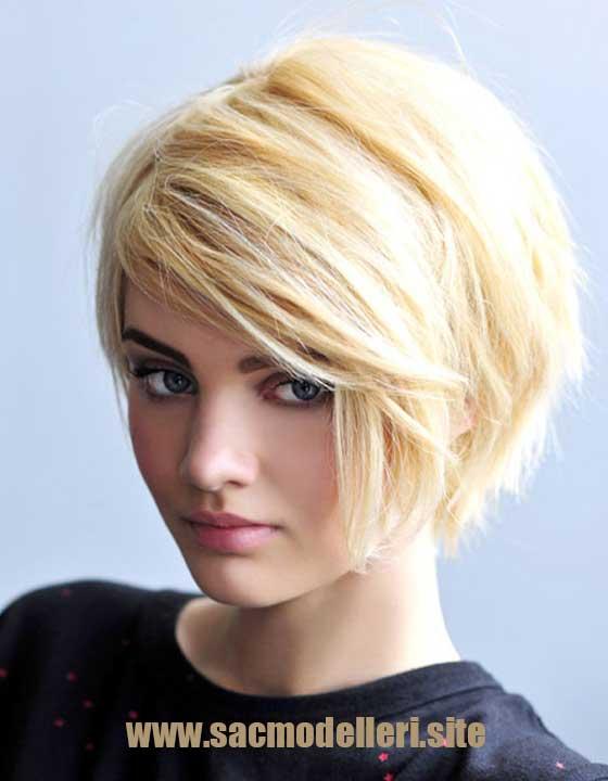 Asimetrik Sarı Kısa Saç Modeli