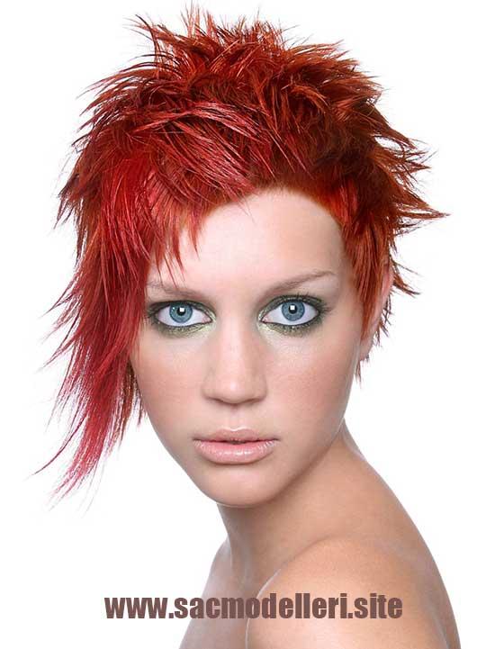 Kırmızı Asimetrik Kısa Saç Modeli