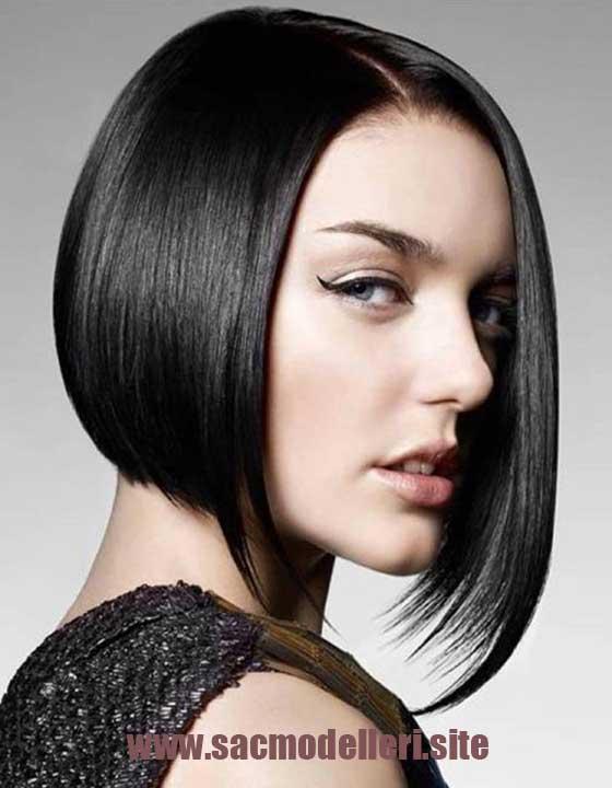 Siyah Asimetrik Kısa Saç Modeli