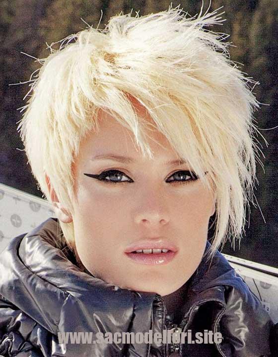 Pixie Asimetrik Kısa Saç Modeli