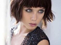 Koyu Kestane Kısa Saç Modeli